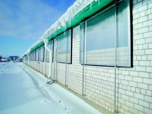 Вентиляционные окна на ферме